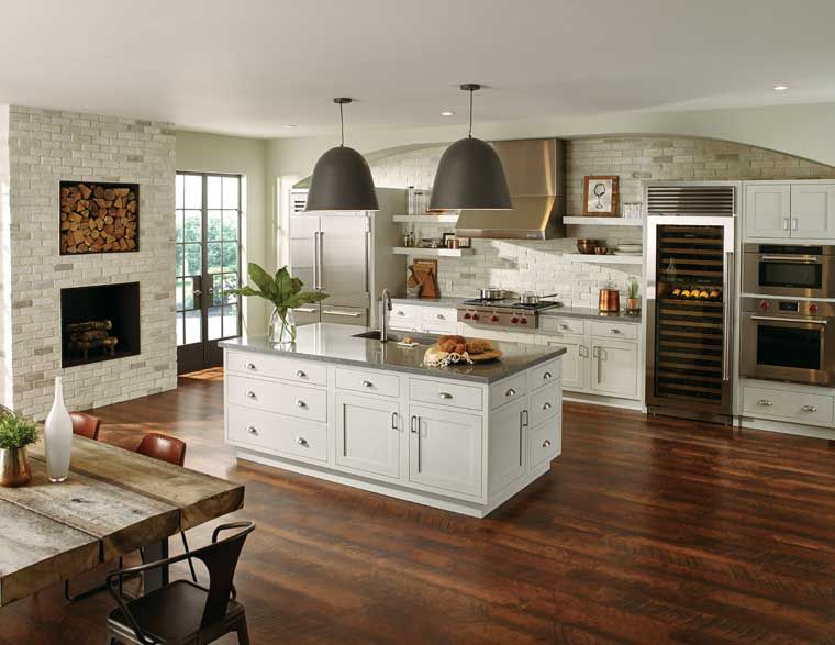 Starmark rustic hickory accord panel home design for 5 star kitchen cabinets